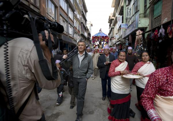 Shooting with Art Wolfe on the streets of Kathmandu, Nepal